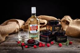 malinovy-dzem-kubansky-rum-gentlejam- mrozmarna-malina